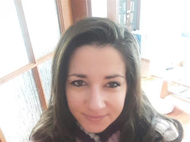 brunetteMonaa